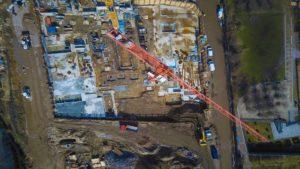 Industrie-Baugewerbe-Baustelle-Kran-Luftbild